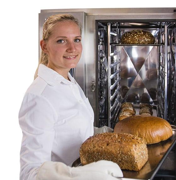 Backwaren für Hotels: Brot und Brötchen können gleichzeitig aufgebacken werden.